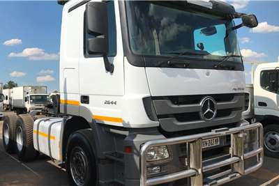 Mercedes Benz Double axle 2012 mercedes Benz Actross 2644 Truck tractors