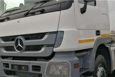 Mercedes Benz Double axle 2013 Mercedes 2644 Actros Truck tractors