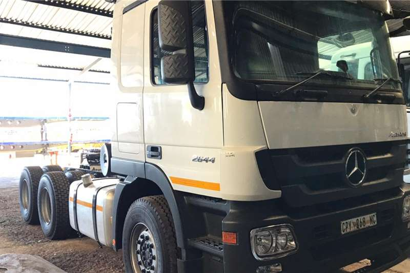 Mercedes Benz Truck Tractors Double Axle 2013 MERCEDES BENZ ACTROS 2644 2013