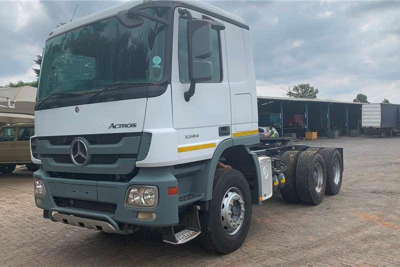 Mercedes Benz Truck tractors Double axle 2014 Mercedes Benz Actros 3344 2014