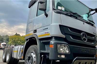 Mercedes Benz Double axle 2016 MERC BENZ 3344 TT 6X4 Truck tractors