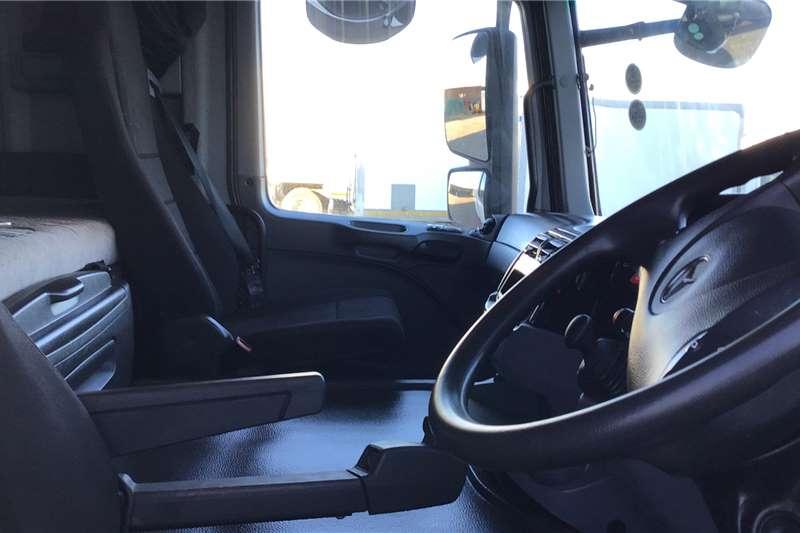Mercedes Benz Double axle 2016 Mercedes Benz 2646 Actros Truck tractors