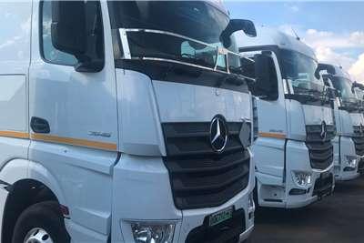 Mercedes Benz Double axle 2018 Mercedes Benz 2645 Actros Truck tractors