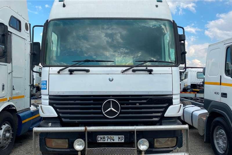 Mercedes Benz Double axle Actros 2640 (6by4) Truck tractors