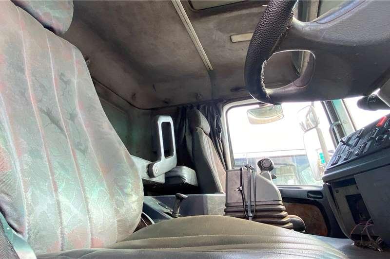 Mercedes Benz Double axle Actros 2640 (6x4) Truck tractors