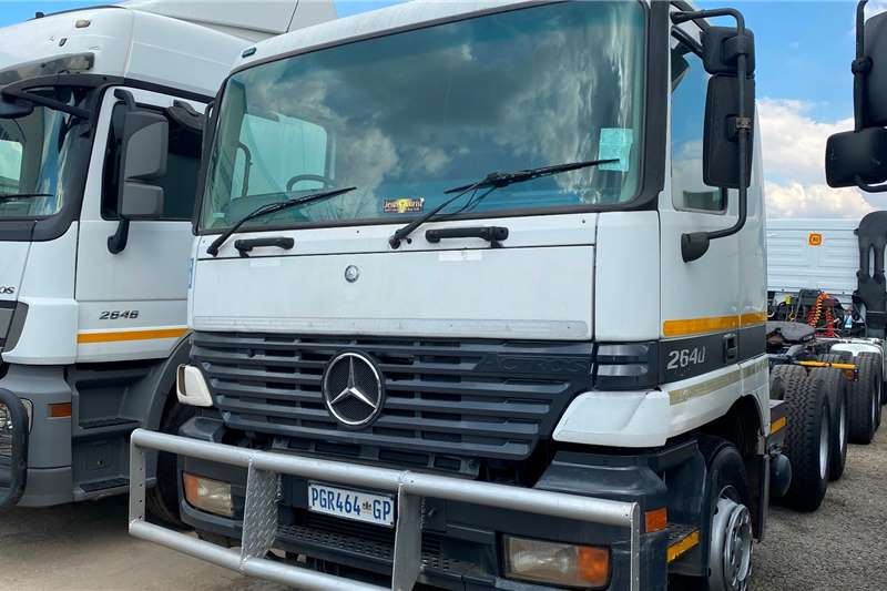 Mercedes Benz Double axle Actros 2640 Good Working Condition Truck tractors