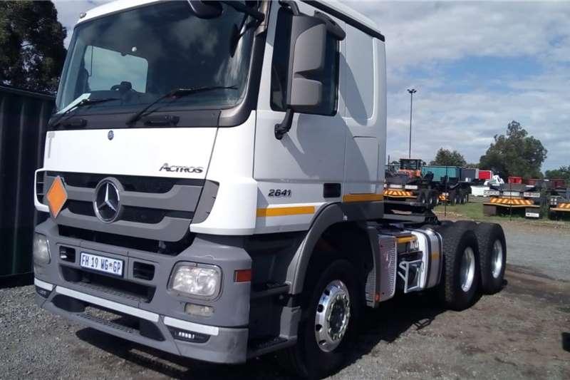 Mercedes Benz Double axle ACTROS 2641 6x4 Truck Tractor Truck tractors