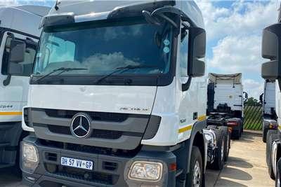 Mercedes Benz Double axle Actros 2644 Truck tractors