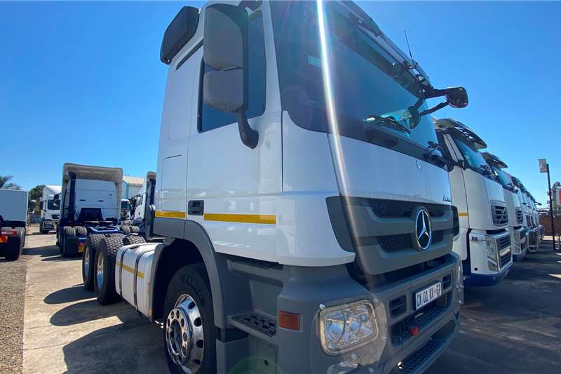 Mercedes Benz Double axle Actros 2644 In Mint Condition Truck tractors