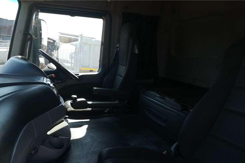 Mercedes Benz Double axle Actros 3344 Truck tractors