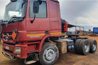 Mercedes Benz Double axle Actros 3344 MP2 + Hydraulics Truck tractors
