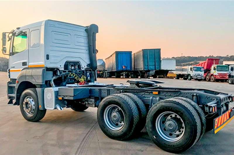 Mercedes Benz Double axle Axor 3340 Truck tractors