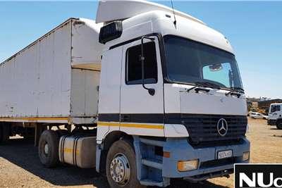 Mercedes Benz Double axle MERCEDES BENZ 1835 4X2 HORSE Truck tractors