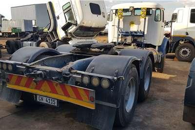 Mercedes Benz Double axle MERCEDES BENZ 2628 6X4 TRUCK TRACTOR Truck tractors