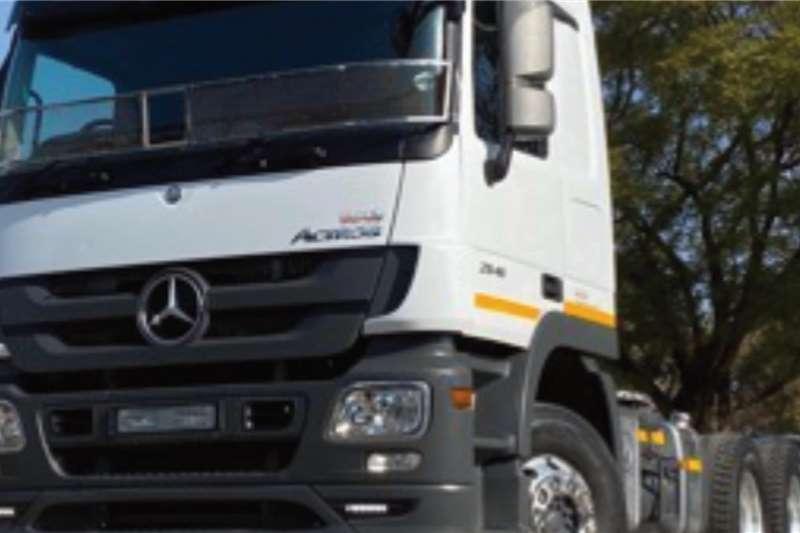 Mercedes Benz Double axle Mercedes Benz 2644 Actros 6x4 Truck Tractor Truck tractors
