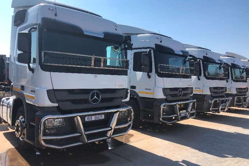 Mercedes Benz Truck tractors Double axle MERCEDES BENZ / ACTROS / 2646 / 6X4 / T/T 2015