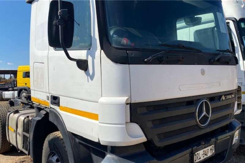 Mercedes Benz Mercedes Benz Actros 3340 Truck tractors