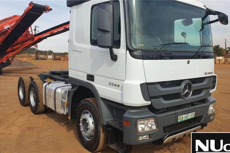 Mercedes Benz Truck tractors Mercedes Benz Actros 3344 6x4 Horse 2014