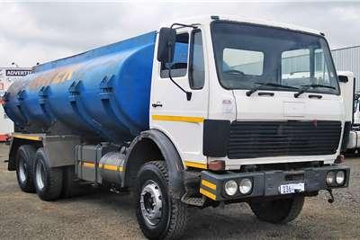 Mercedes Benz MERCEDES BENZ WATER BOWSER Truck tractors