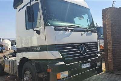 Mercedes Benz Single axle 1835 Truck tractors