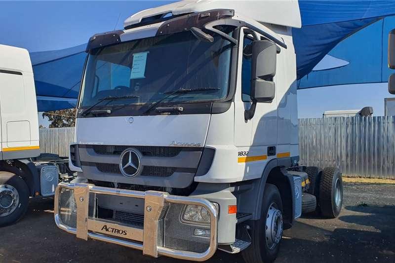 Mercedes Benz Truck tractors Single axle Actros 1832 MP3 2014