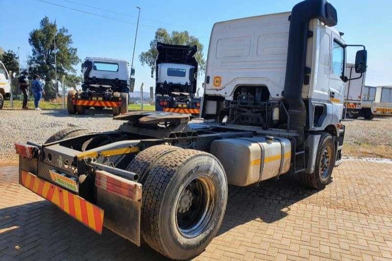 Mercedes Benz Single axle AXOR     1835 Truck tractors