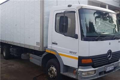 Mercedes Benz Truck Van body ATEGO 1417 2004