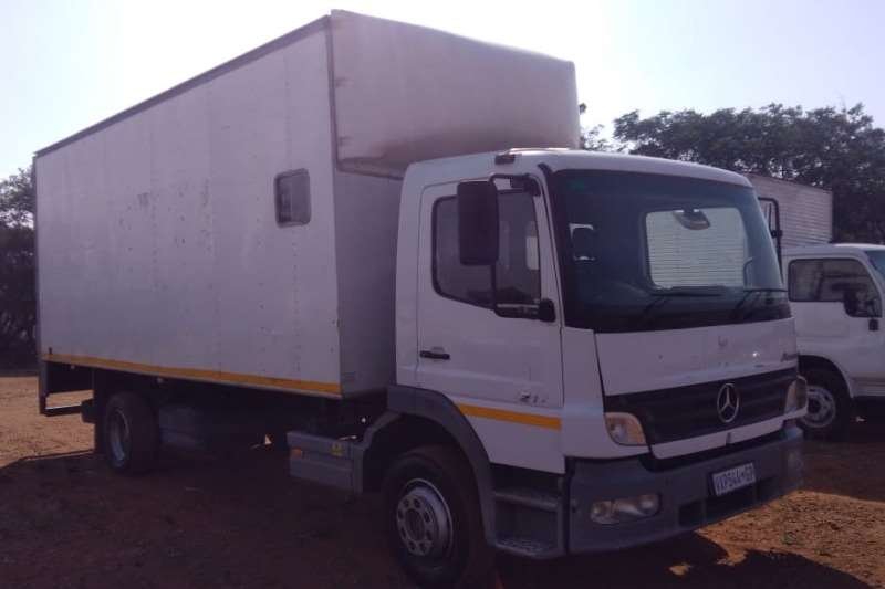 Mercedes Benz Truck Van body MERCEDES BENZ ATEGO 1217 2007