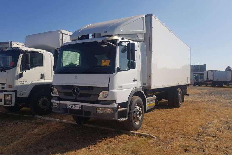 Mercedes Benz Truck Volume body Atego 1523 2013