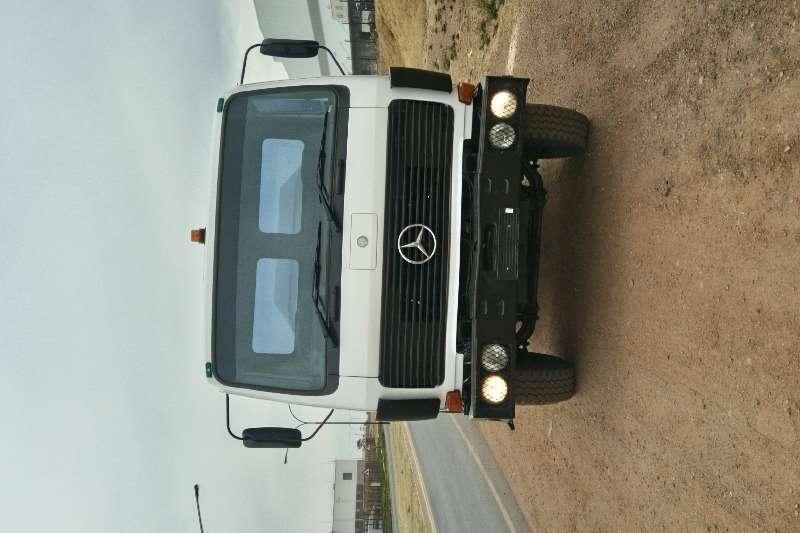 Mercedes Benz Truck Water tanker 16 000L V SERIES 1985