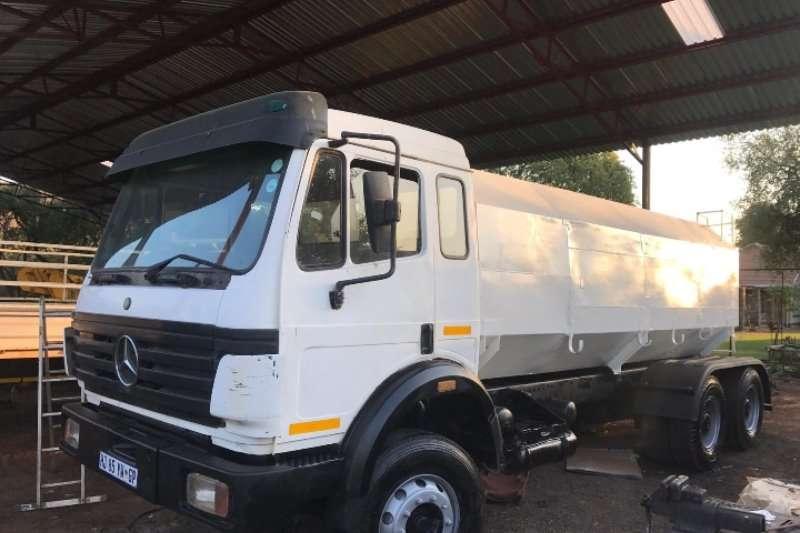 Mercedes Benz Truck Water tanker 16000l water tanker v series
