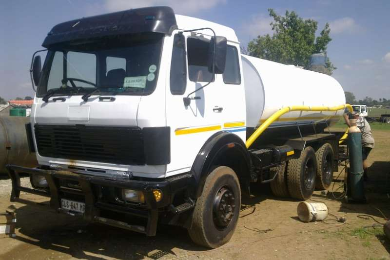 Mercedes Benz Truck Water tanker 2219 with new 16000Lt water tank 1989