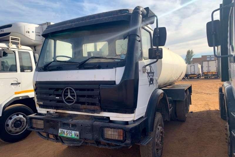 Mercedes Benz Truck Water tanker 2426 14,000L