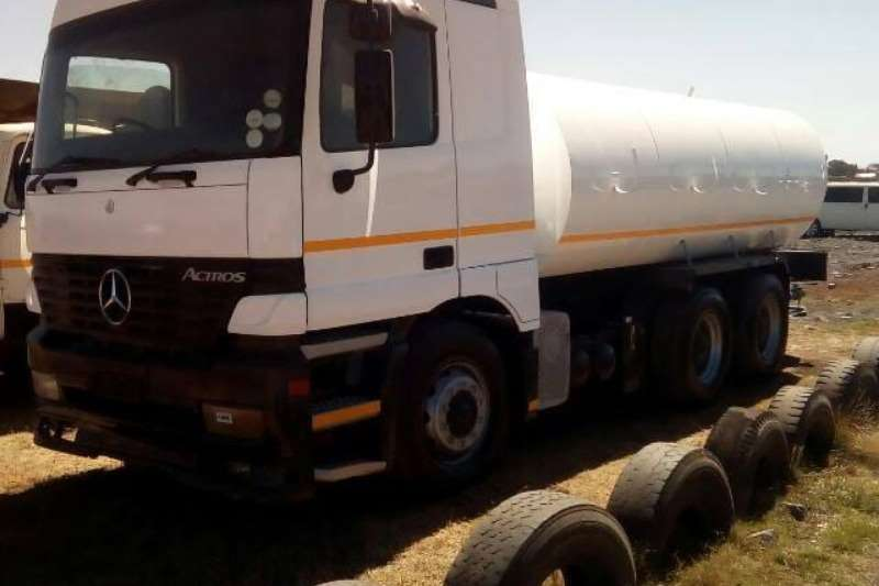 Mercedes Benz Truck Water tanker actros with 18000Lt water tank with hydraulic PTO