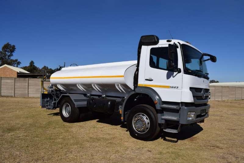 Mercedes Benz Truck Water tanker AXOR 1823 2014