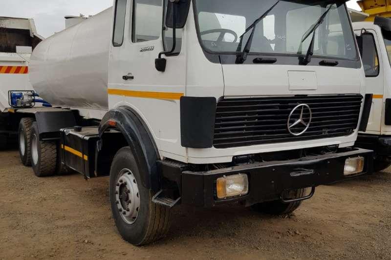 Mercedes Benz Truck Water Tanker MERCEDES BENZ 2628 16000LT WATER TANKER 1991