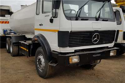 Mercedes Benz Truck Water Tanker MERCEDES BENZ 2628 16000LT WATER TANKER 1991