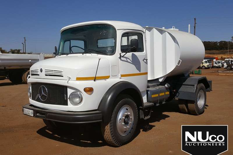 Mercedes Benz Truck Water Tanker MERCEDES BENZE 113 BULLNOSE WATER TANKER