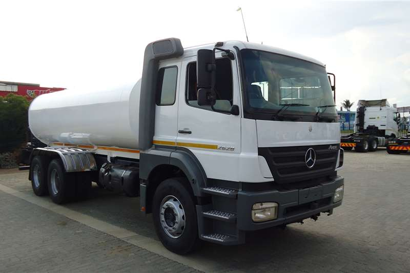 Mercedes Benz Water Bowser Trucks 26.28 AXOR RIGID 16000L WATERBOWSER TVF165GP 2006