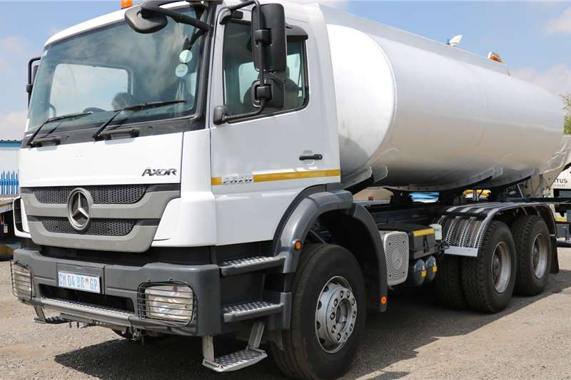 Mercedes Benz Water bowser trucks 2628 Axor 2013