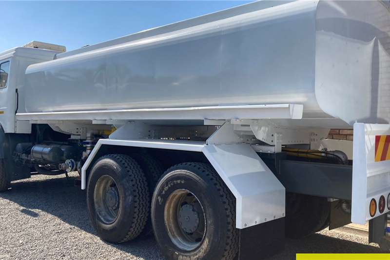 Mercedes Benz 2635 Powerliner 16000L Water Tanker Water bowser trucks