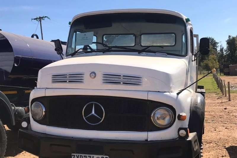 Mercedes Benz 8000 LITRE Water bowser trucks