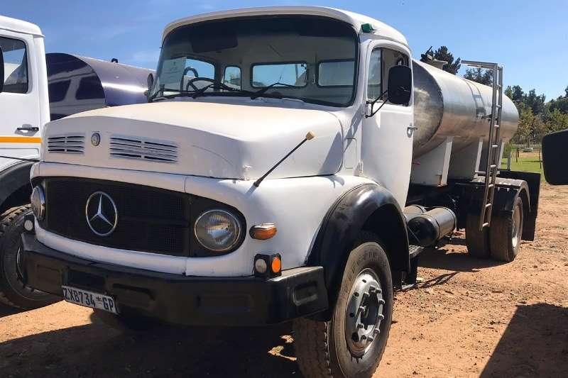 Mercedes Benz Water bowser trucks 8000 LITRE
