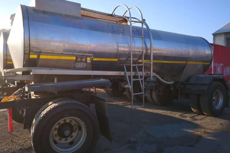 Milk tanker 8000L 2010