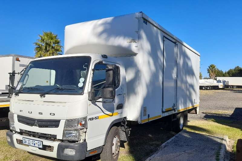 Mitsubishi MITSUBISHI FUSO CANTER VOLUME BODY TRUCK FOR SALE Box trucks