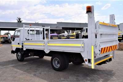 Mitsubishi CANTER Dropside trucks
