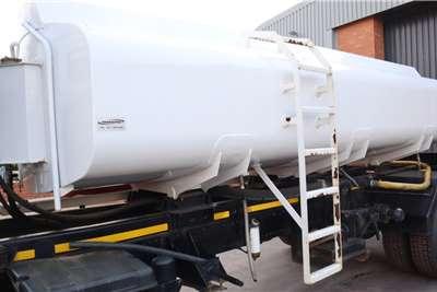 Mitsubishi Fuso FJ16230 8000L Water Tanker Tanker trucks