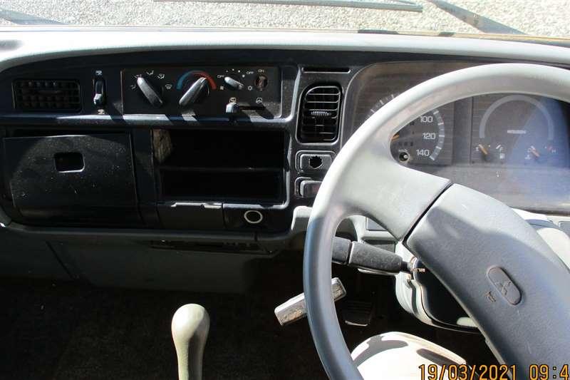 Mitsubishi 3 CUBE TIPPER Tipper trucks
