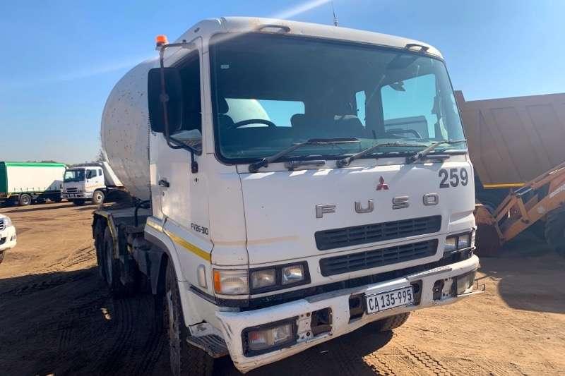 Mitsubishi Truck Concrete mixer FUSO FV26 310 6 CUBE 2008