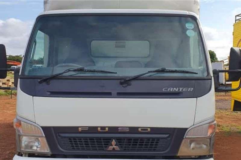 Mitsubishi FUSO CANTER FE7 136 Truck